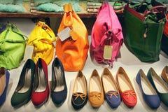 Taschen und Schuhe Lizenzfreie Stockfotografie