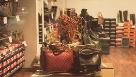 Taschen und Schuhe Lizenzfreies Stockbild