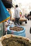 Taschen von Gewürzen auf dem Markt in Tripoli, Libia Stockbild