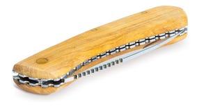 Taschenmesser hergestellt von den Holzskalen lokalisiert lizenzfreie stockfotografie