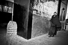 Tashilompu Monastery Monk in face mask Shigaste Tibet Stock Photos