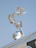 Tashkent niezależności kwadrata rzeźba bociany 2007 zdjęcia stock
