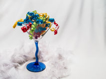 Tasiemkowy Martini z Piórkowym boa Zdjęcie Royalty Free