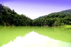 Tasik Kenyir,最大的人造湖 免版税库存照片