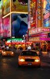 Tassì del Times Square Fotografia Stock