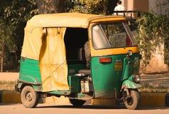 Tassì indiano Immagini Stock