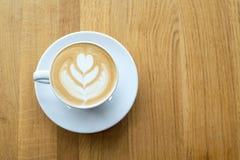 Tasse avec du café sur la table Photos libres de droits
