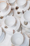 Tasse chaude de thé avec des bonbons et des sucreries Photographie stock