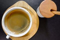 Tasse d'americano chaud de café Photos libres de droits