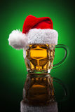 Tasse de bière de Noël Photos libres de droits