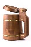 Tasse de bière effectuée en bois. Photographie stock