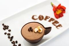 Tasse de café avec des guimauves Photos stock