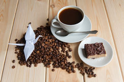 Tasse de café avec la grue Photographie stock