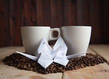Tasse de café avec la grue Photographie stock libre de droits