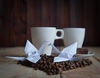 Tasse de café avec la grue Photo libre de droits