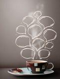 Tasse de café avec les bulles tirées par la main de la parole Images libres de droits