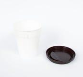 Tasse de café blanc jetable d'isolement Image libre de droits