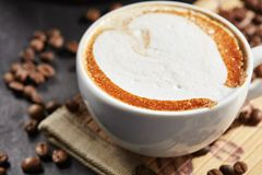 Tasse de café de Capuccino Photographie stock
