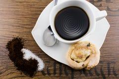 Tasse de café délicieuse avec le mouvement giratoire Photos libres de droits