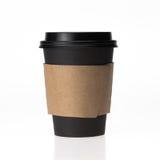 Tasse de café de papier noire sur le fond blanc Photos stock