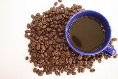 Tasse de café des grains de café Image libre de droits