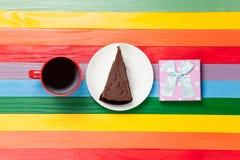 Tasse de café et de gâteau d'un plat Photos libres de droits