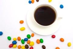 Tasse de café et de sucreries Images libres de droits