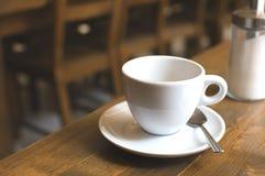 Tasse de café et de sucrier Image stock