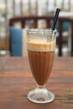 Tasse de café glacé de latte de café Image stock