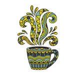Tasse de café ou tasse de thé avec le zentangle abstrait de modèle de style, tapotement Photographie stock