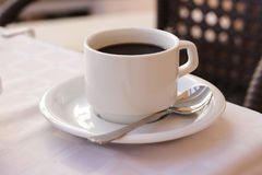 tasse de café sur la table Image stock