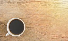 Tasse de café sur la table en bois Photographie stock libre de droits