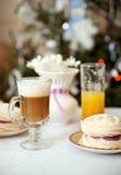 Le petit déjeuner de vacances Image libre de droits