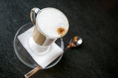 Tasse de latte Images libres de droits