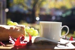 Tasse de plan rapproché de café Images libres de droits