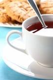 Tasse de thé blanche images stock
