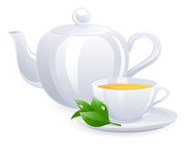 Tasse de thé et théière blanches avec la feuille de thé Photographie stock libre de droits