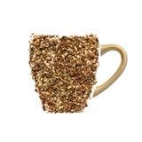 Tasse de thé faite à partir de la cannelle, du ginge et des clous de girofle Photos stock