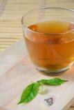Tasse de thé noir. Photo stock