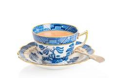 Tasse de thé et soucoupe de vintage Images stock