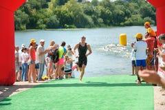 Tasse de triathlon de l'Ukraine et tasse de Bila Tserkva 24 juillet 2016 Image libre de droits