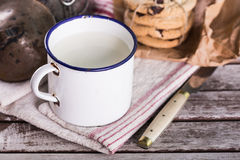 Tasse de vintage de lait Image libre de droits