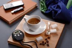 Tasse et chronographe de café photo libre de droits