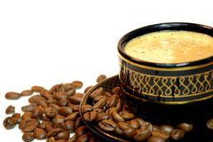 Tasse Kaffee auf einem Weiß Lizenzfreie Stockfotografie