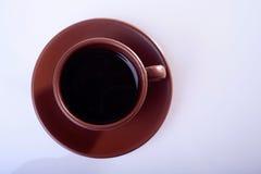 Tasse Kaffee auf weißem Hintergrund Stockfotografie