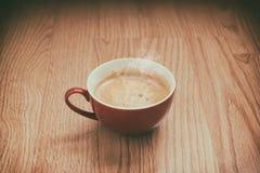 Tasse Kaffee in einer warmen Atmosphäre Lizenzfreies Stockbild