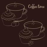 Tasse Kaffee für Kaffeepause mit kleinem Kuchen und Frucht Stockbilder