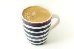 Tasse Kaffee getrennt stockbild