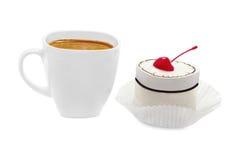 Tasse Kaffee mit Käsekuchen Stockfoto
