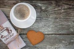 Tasse Kaffee mit Keksplätzchen Lizenzfreies Stockfoto